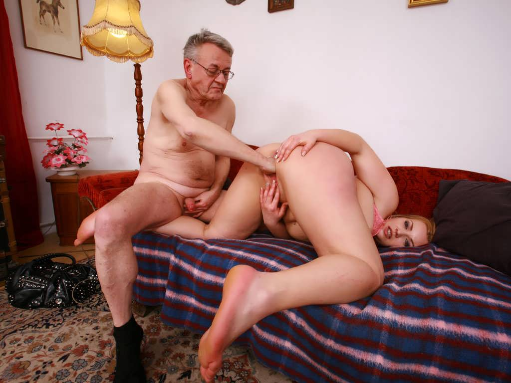 Giant dicks blowjob free pictures